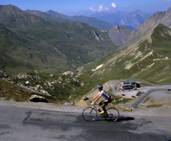 La traversée des Alpes à vélo - Sur La Route
